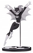 Batman Black & White Statue Batgirl by Bruce Timm 18 cm