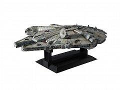 Star Wars Episode IV Perfect Grade Plastic Model Kit 1/72 Millennium Falcon 48 cm
