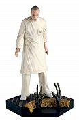 The Alien & Predator Figurine Collection Dr. Gediman (Alien Resurrection) 11 cm