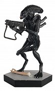 The Alien & Predator Figurine Collection Jeri the Synthetic (Aliens: Stronghold) 13 cm